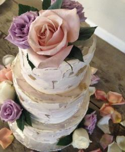 Wedding Cake Denver, Tiered Cake Denver, Buttercream Cake Denver, Fresh Flowers Cake Denver, Custom Cake Denver, Church Ranch Event Center